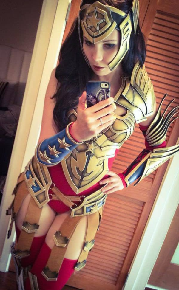 Wonder_Woman_Kamui_Cosplay_Armor_08