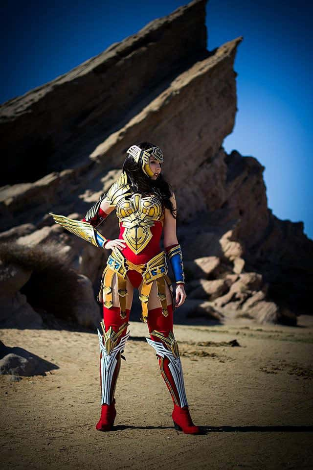 Wonder_Woman_Kamui_Cosplay_Armor_10