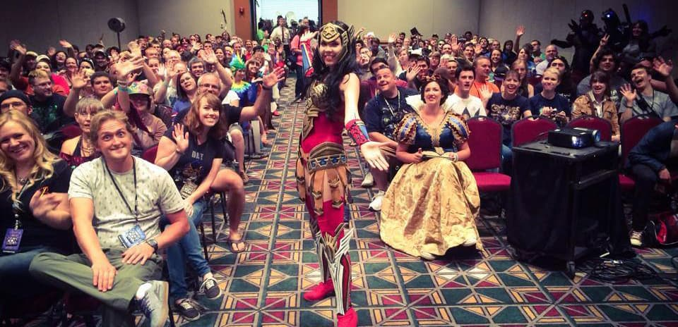 Kamui-Cosplay-Guest-Convention-ComicCon-Panel-Workshop