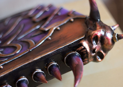 07_WoW_Gorehowl_Kamui_Cosplay_Props