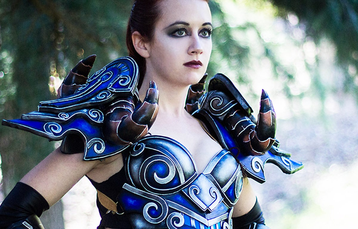 Kamui-Cosplay-Deathknight-World-of-Warcraft-Costume