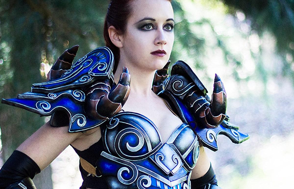 Kamui-Cosplay-Deathknight-World-of-Warcraft-Costume