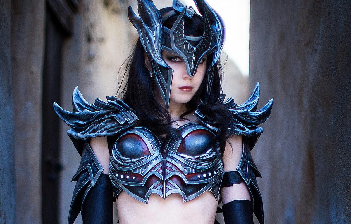 Kamui-Cosplay-Daedric-Skyrim-Sexy-Armor-Costume
