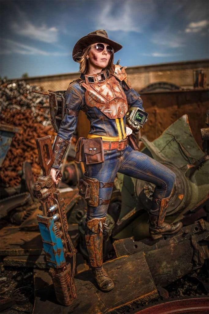 Fallout 4 Vault Dweller Cosplay Costume