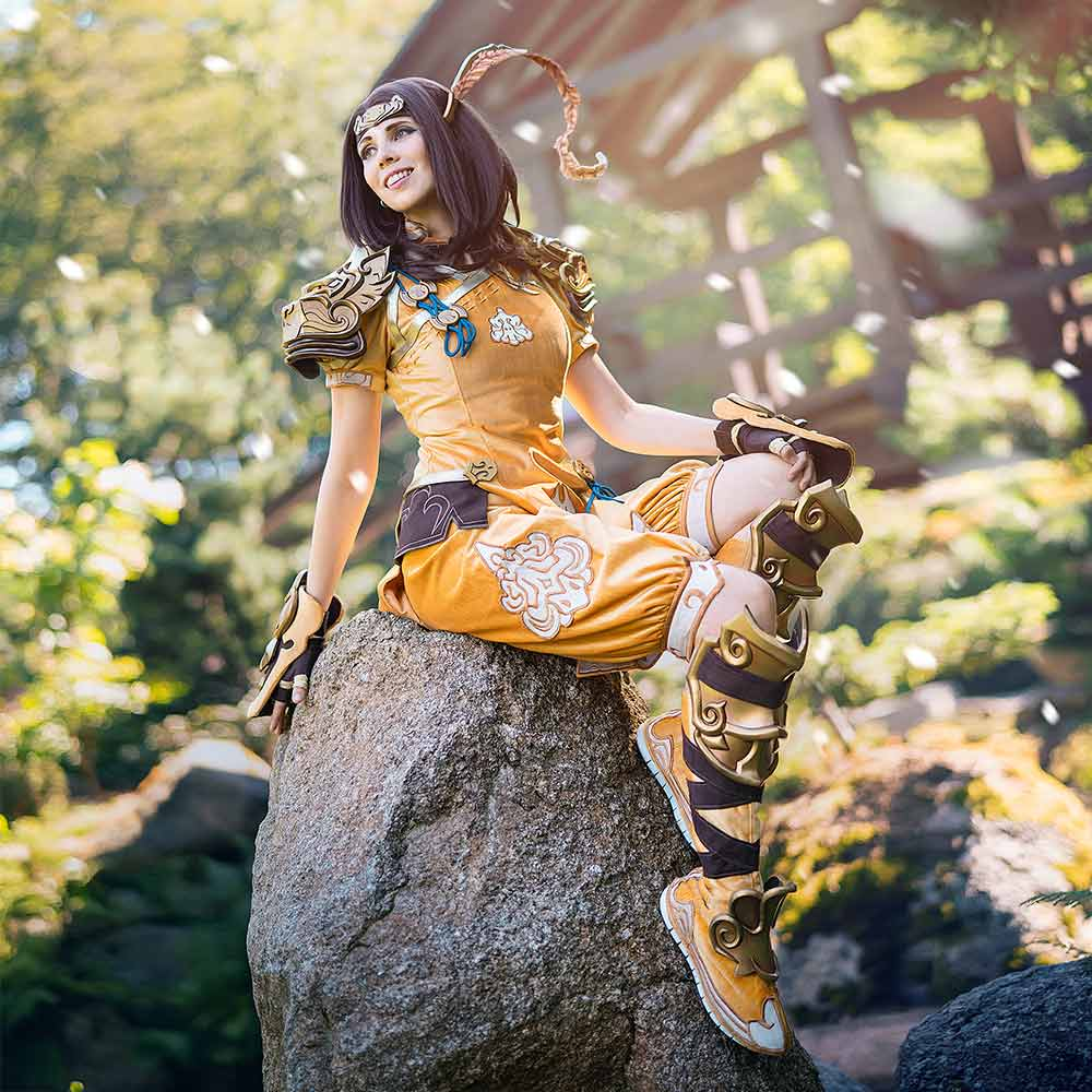 Kamui_Cosplay_Monk_Frontpage