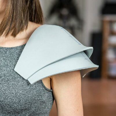 002_Knight_Shoulder_Pattern_by_Kamui_Cosplay